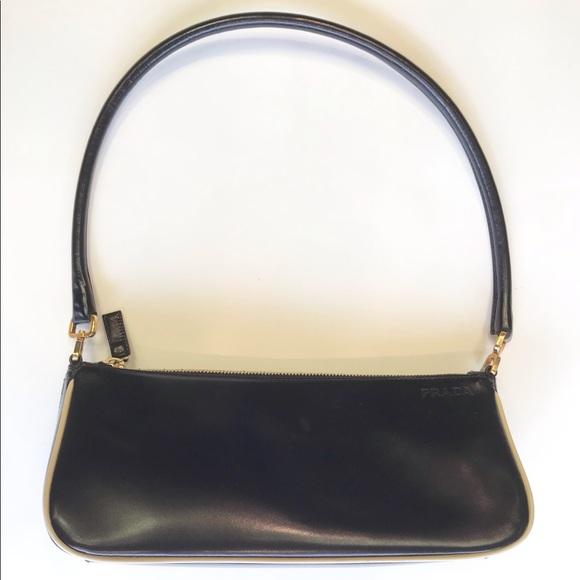 64bf751a0514 Vintage Prada Baguette Bag. M_5bae434d819e9005e30db5ef